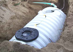 Land contamination from restaurant grease for Cottage septic systems